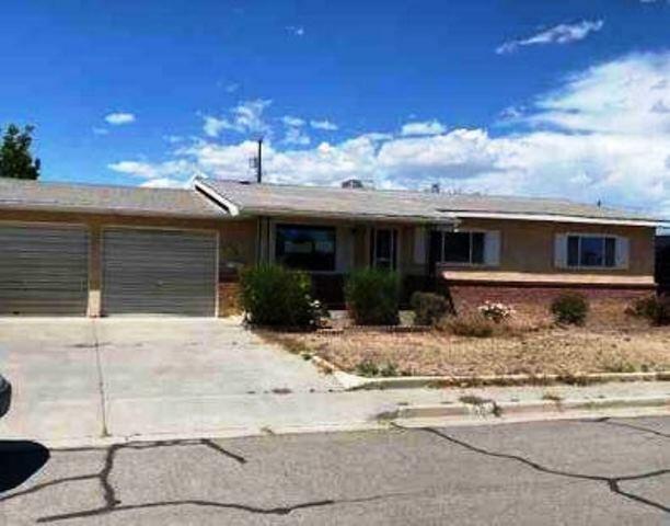 904 E 22nd Street Property Photo