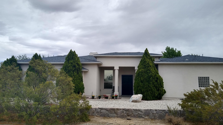 2700 Barry Street Property Photo
