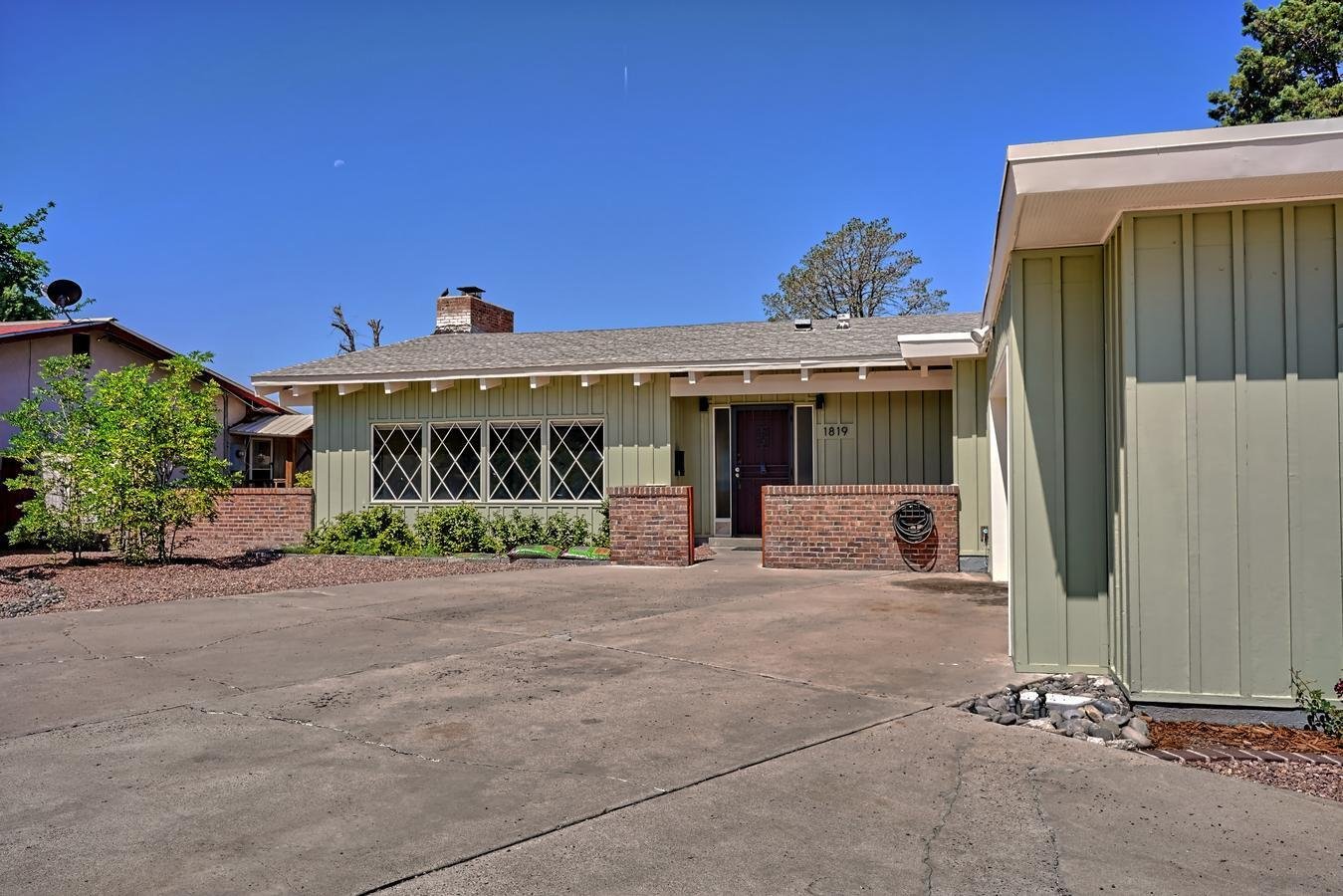 1819 Washington Street Ne Property Photo 45