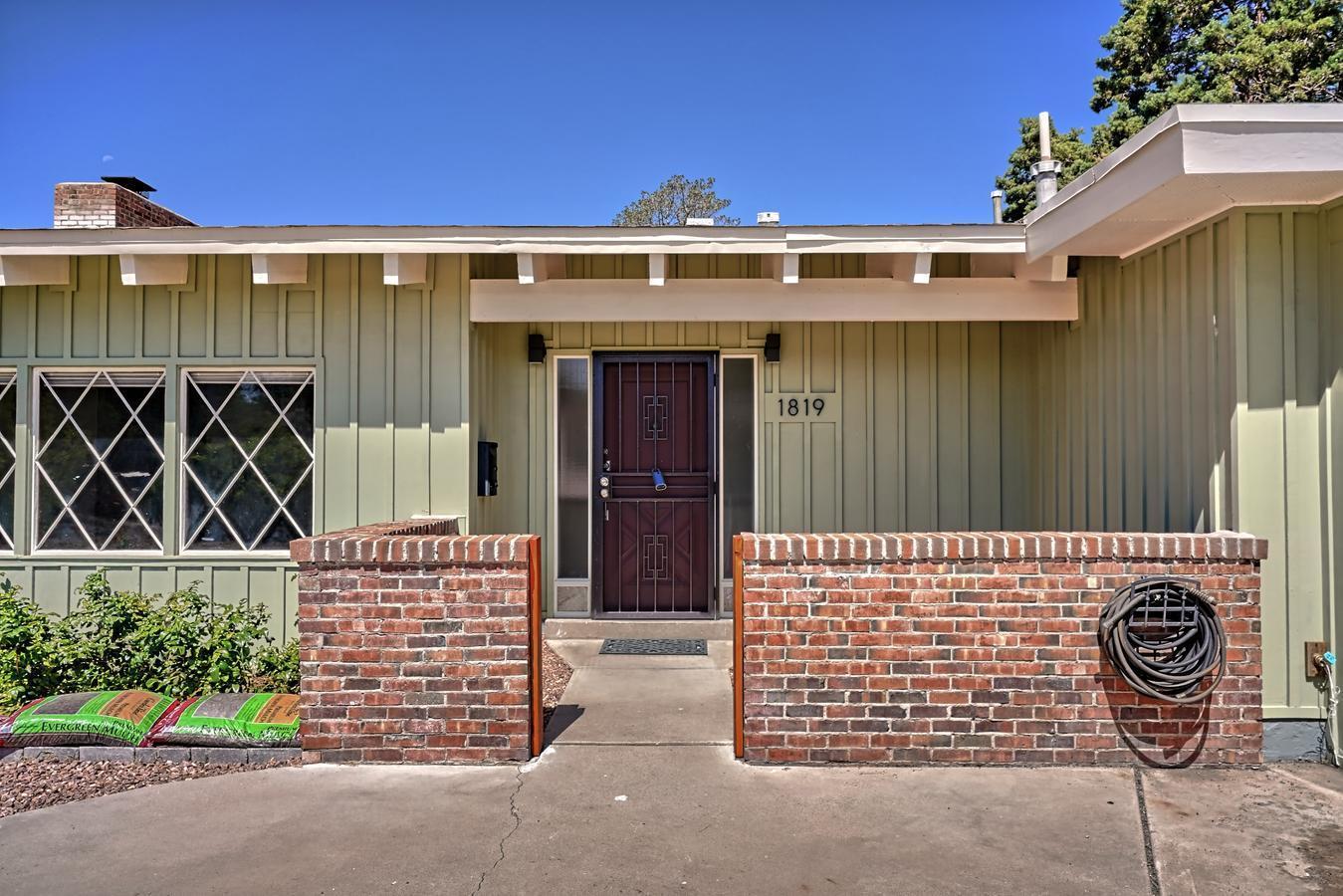 87110 Real Estate Listings Main Image