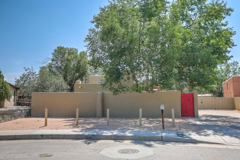 2454 Rose Avenue Nw Property Photo