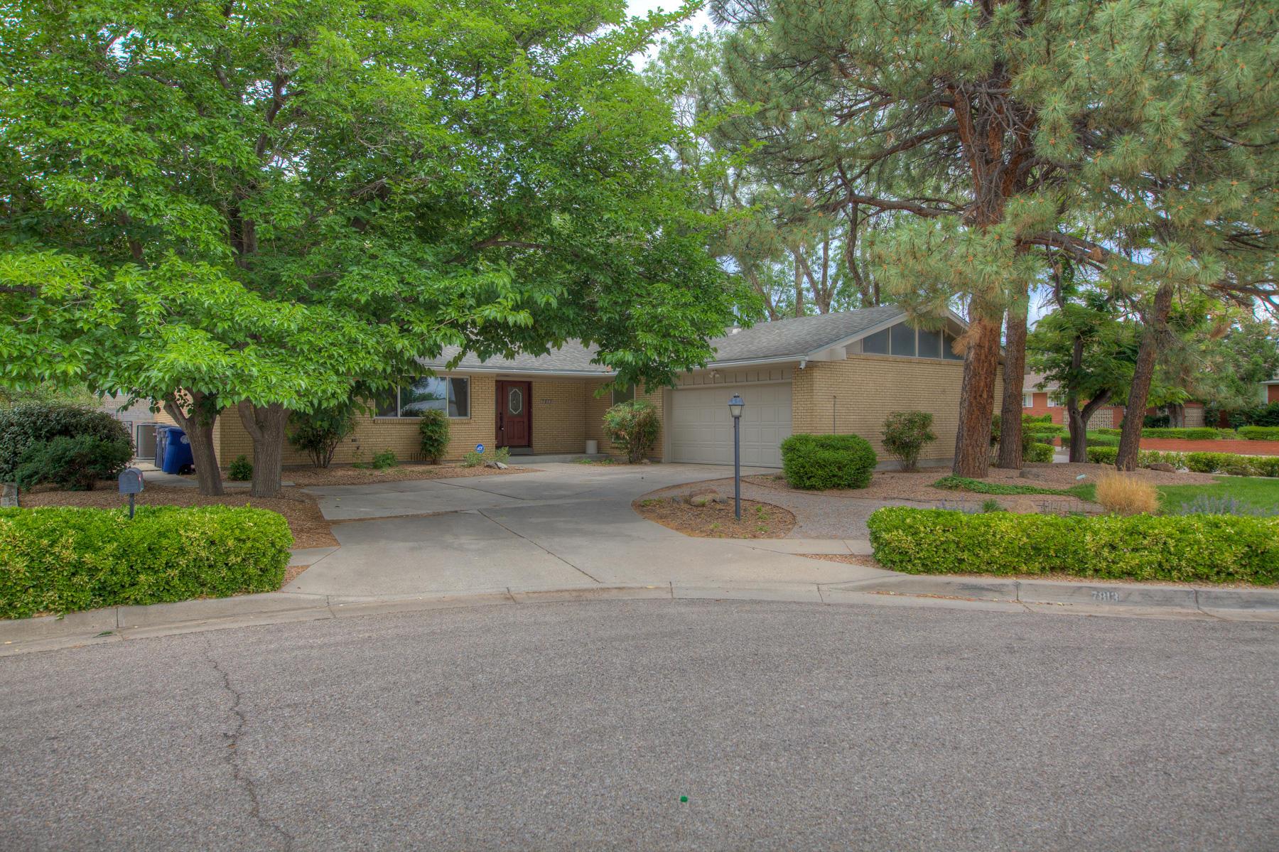 7813 Harwood Avenue Ne Property Photo