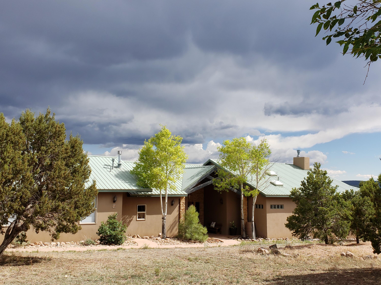 32 Woodlands Drive Property Photo