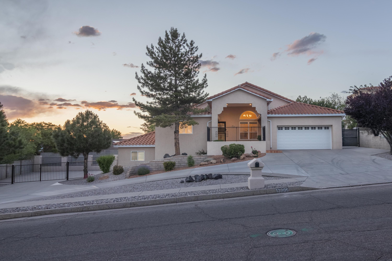 87112 Real Estate Listings Main Image