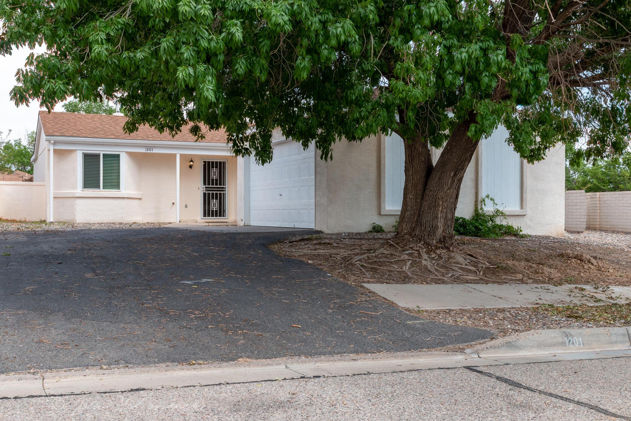 North Hills Real Estate Listings Main Image