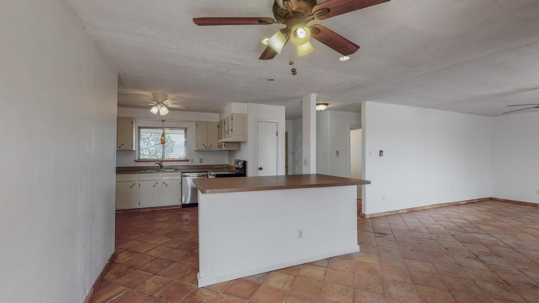 82 Jensen Lane Property Photo