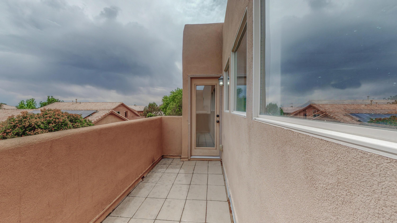 7236 Via Contenta Ne Property Photo 22