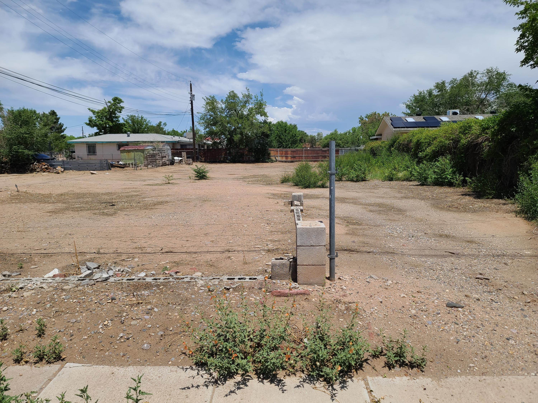 2423 Zickert Road Nw Property Photo