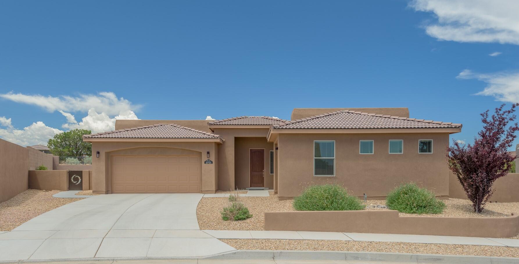 2701 Redondo Santa Fe Ne Property Photo 1