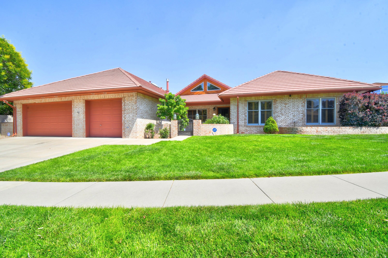 12405 Royal Oak Avenue Ne Property Photo