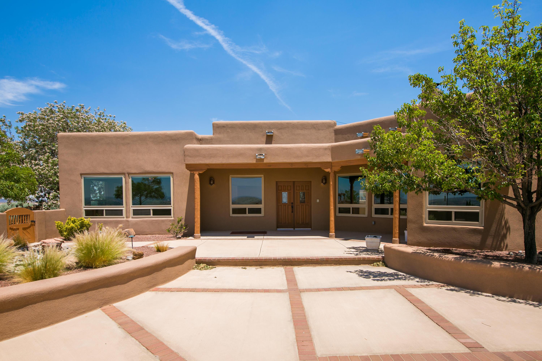 10 Third Mesa Court Property Photo