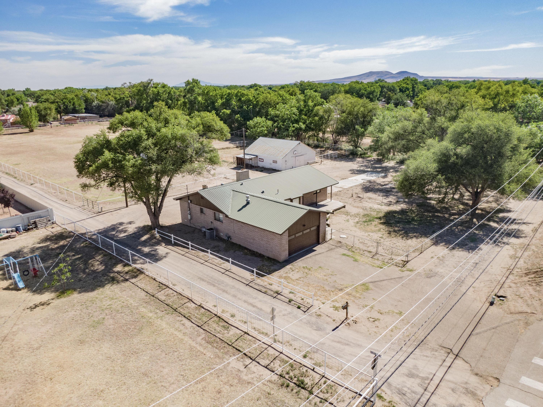 545 S Bosque Loop Property Photo