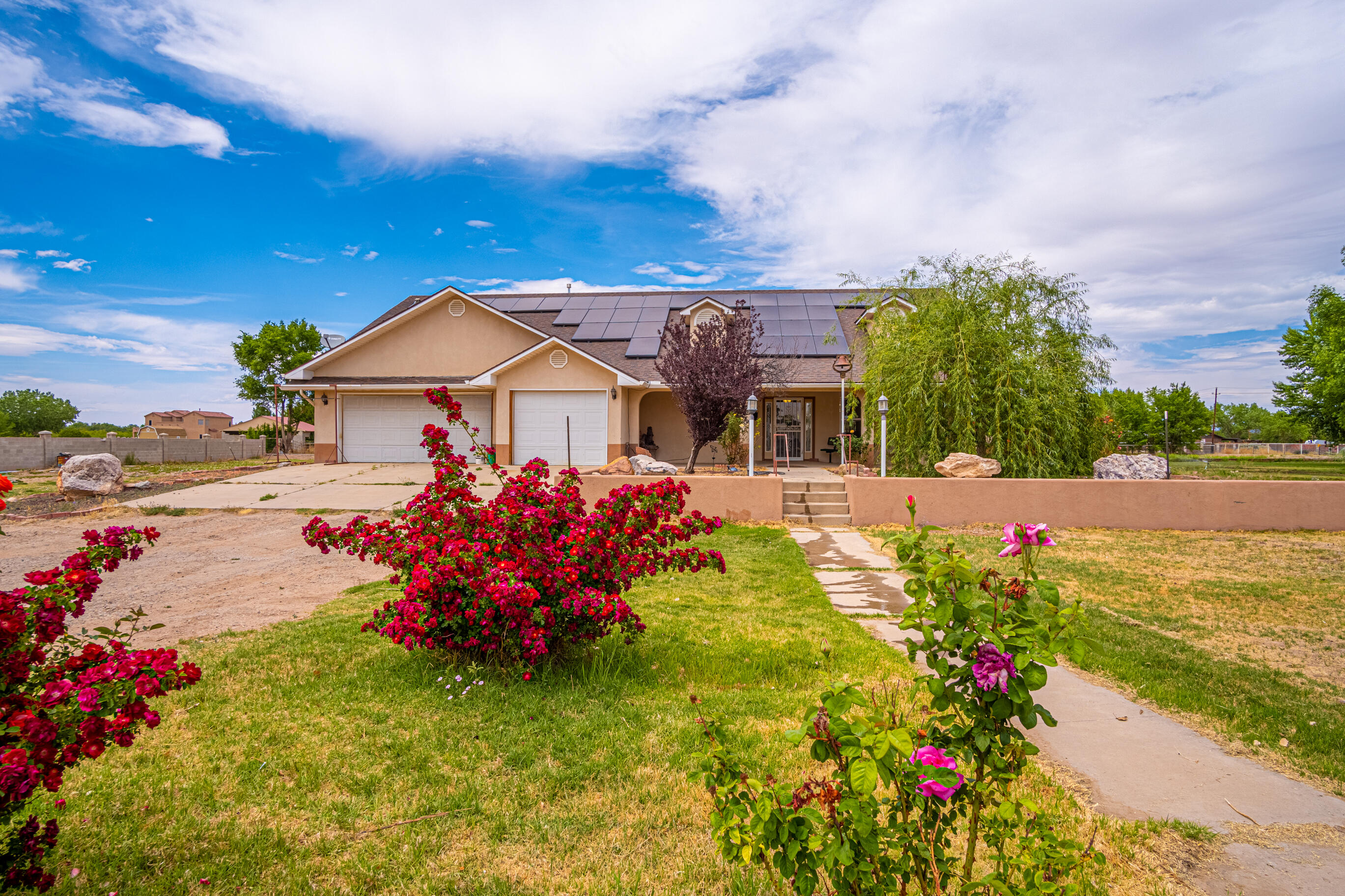 3 Sandia Road Property Photo