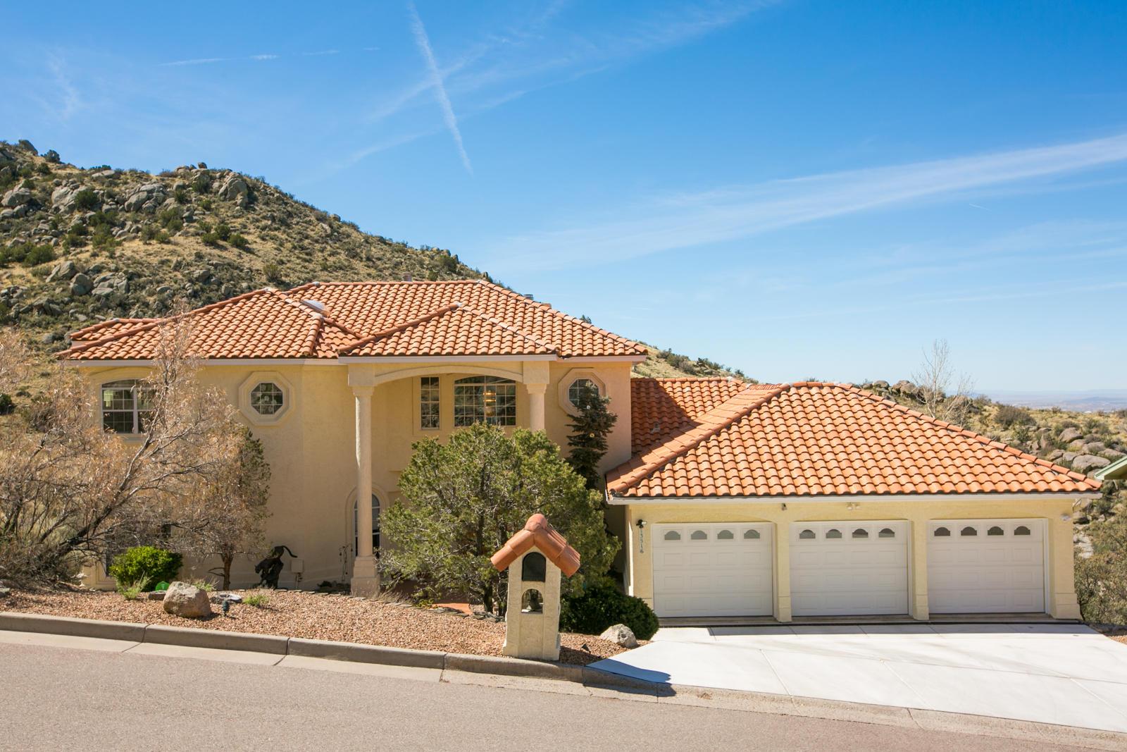87111 Real Estate Listings Main Image