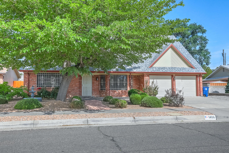 1408 Hiawatha Street Ne Property Photo