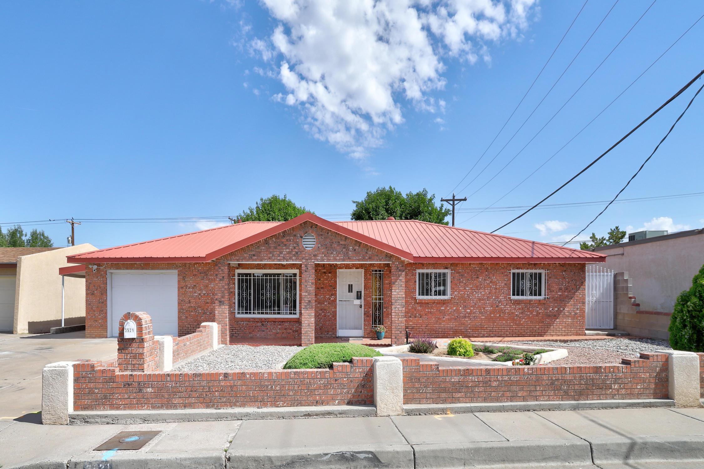 3521 Delamar Avenue Ne Property Photo