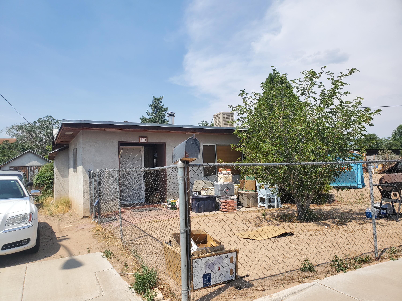 321 Prospect Avenue Ne Property Photo