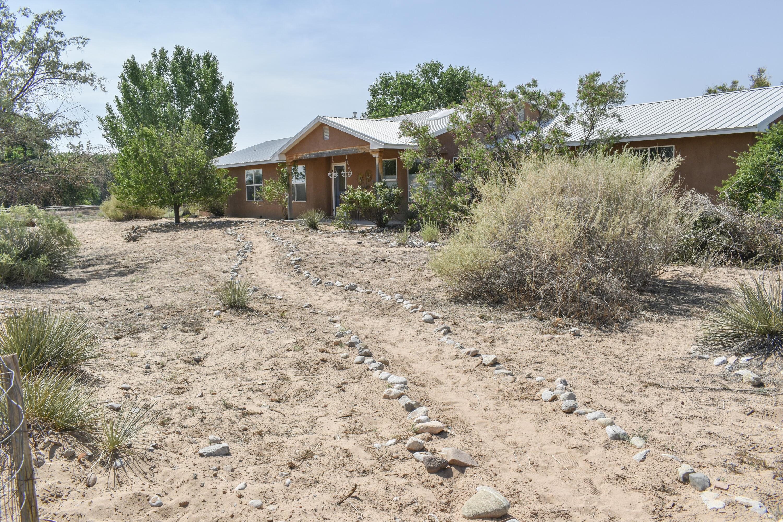 2 Mesa Del Norte Property Photo