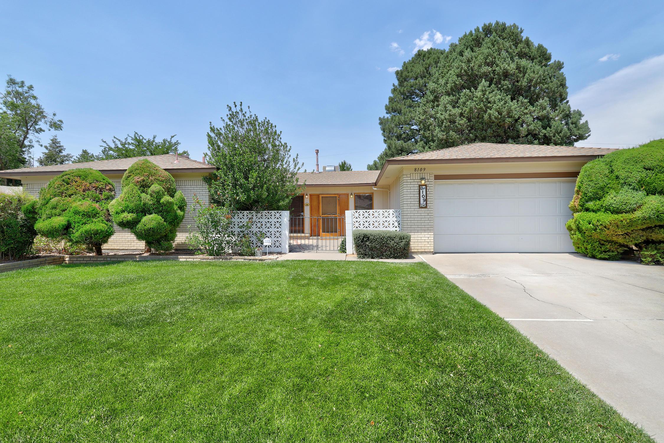 8109 Harwood Avenue Ne Property Photo