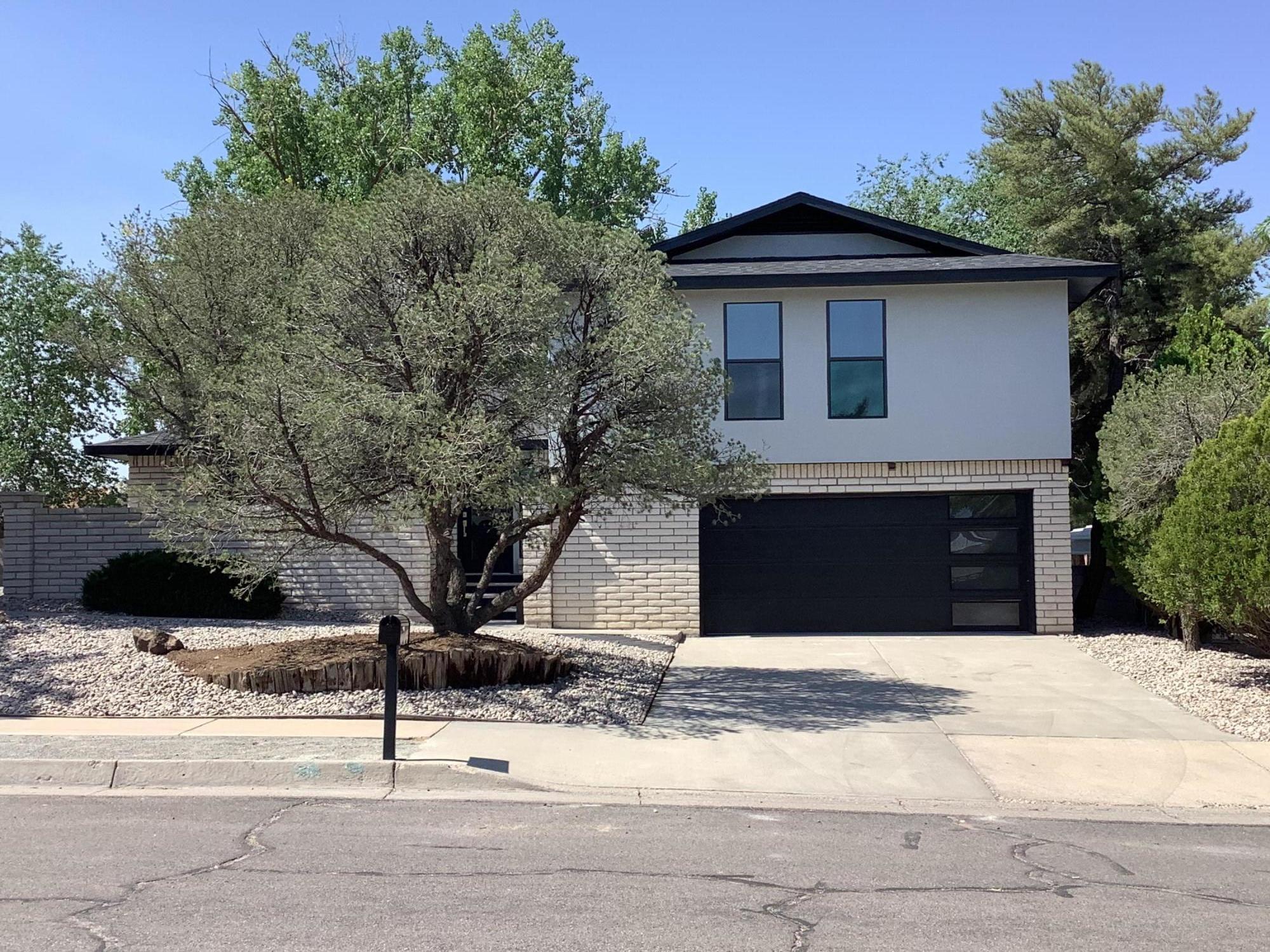 6708 Hildegarde Drive Ne Property Photo