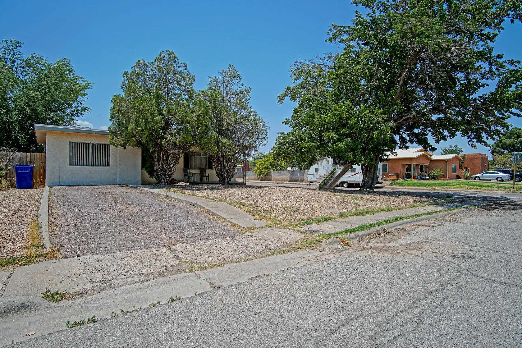 717 Liles Street Property Photo 1
