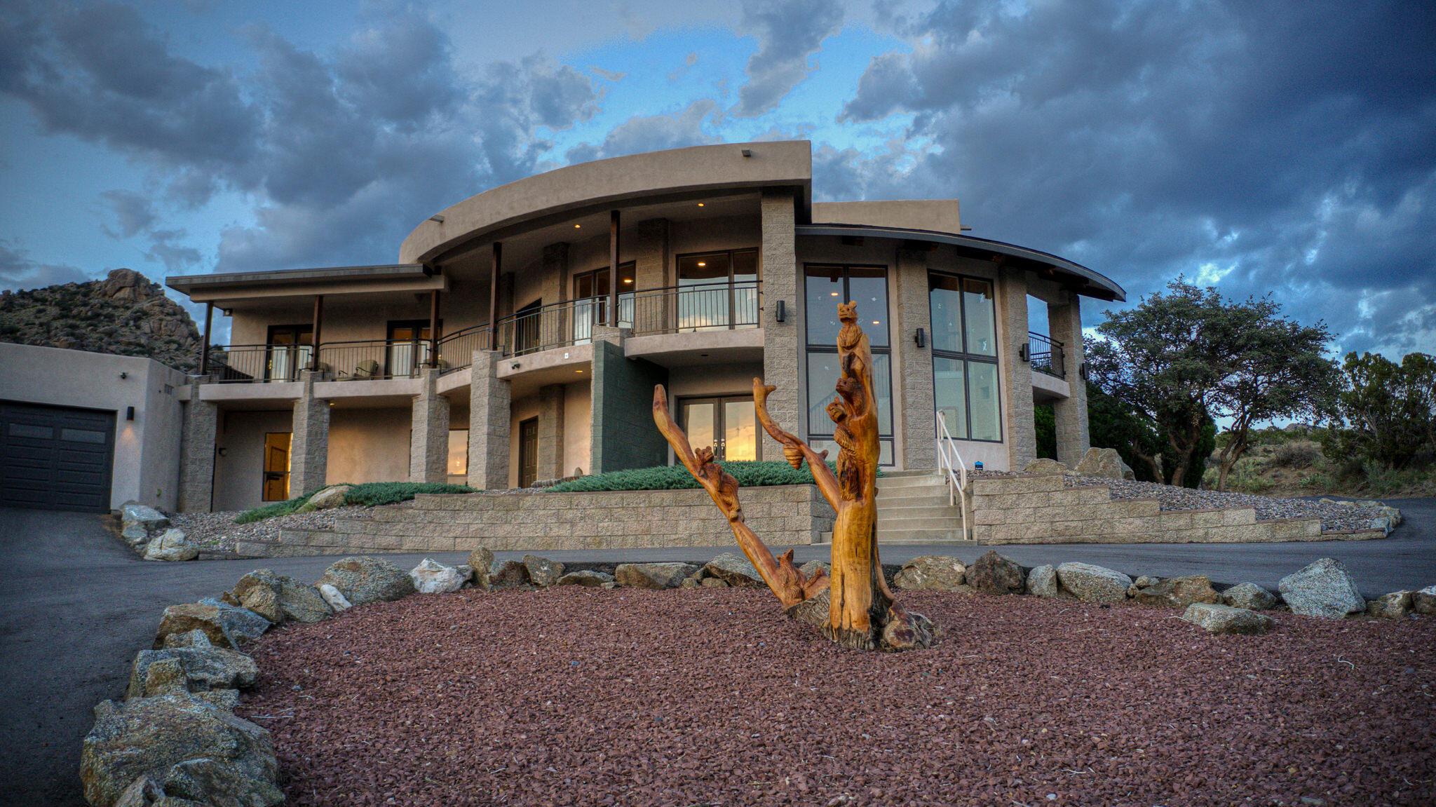 1600 La Tuna Place Se Property Photo 1