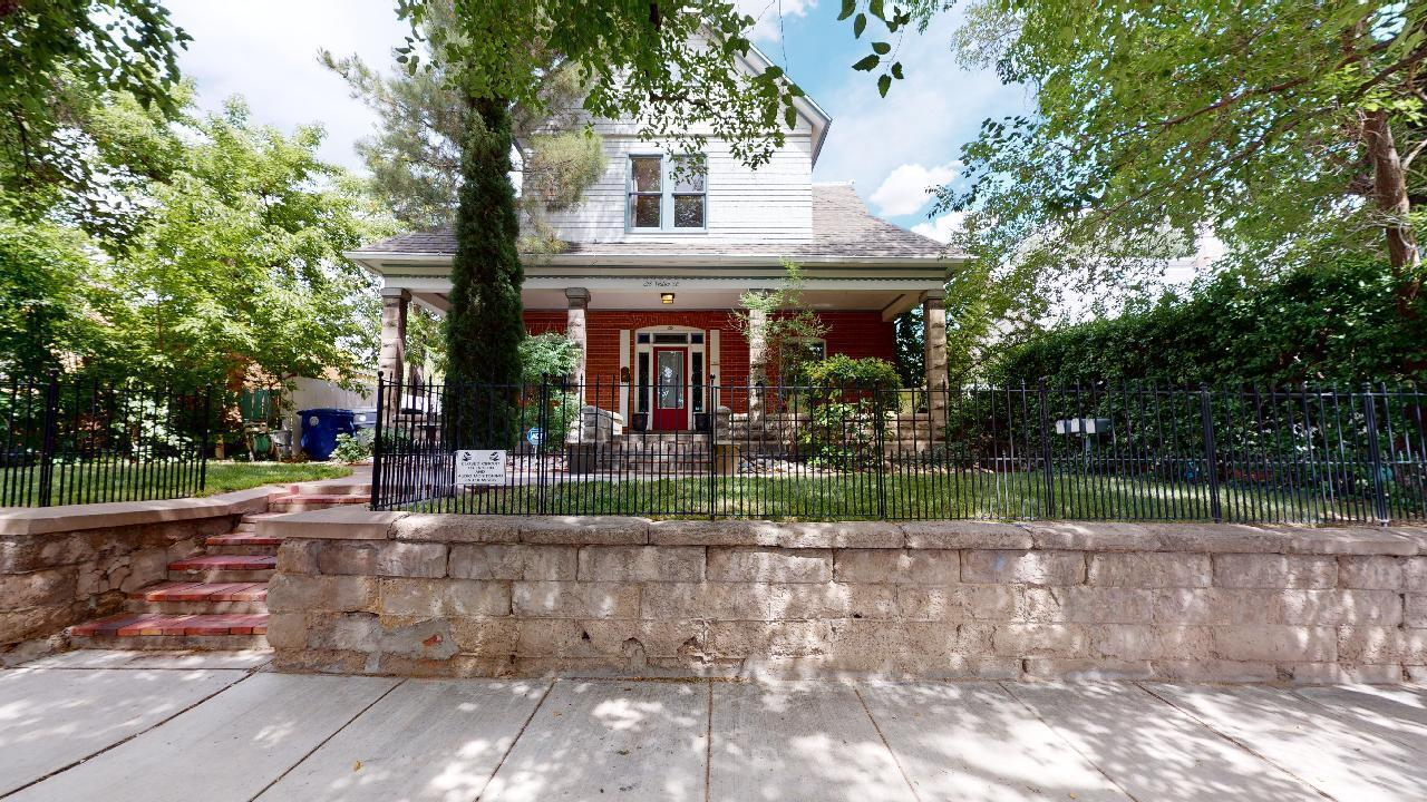 218 Walter Street Se Property Photo