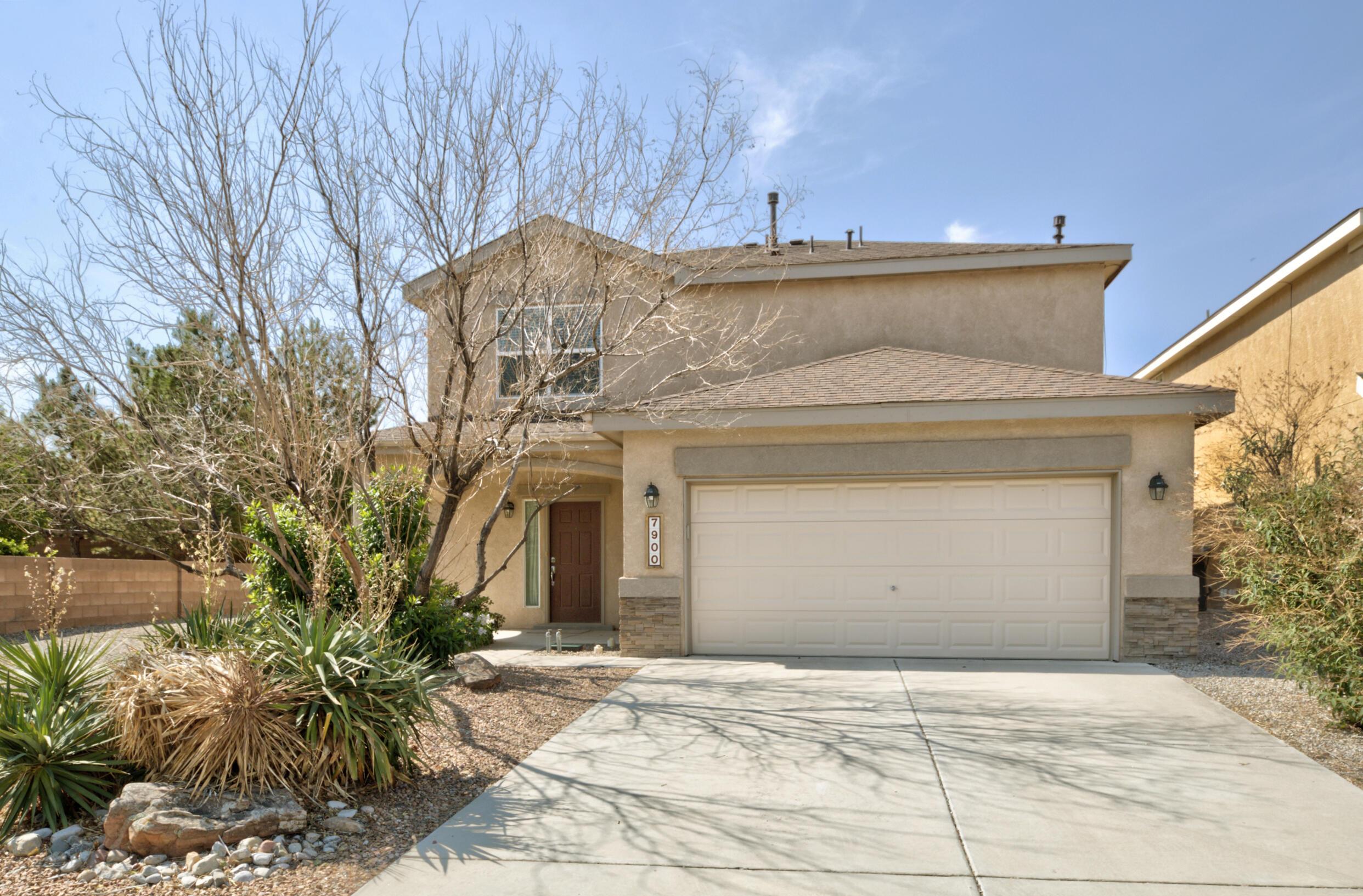 7900 Sierra Altos Place Nw Property Photo