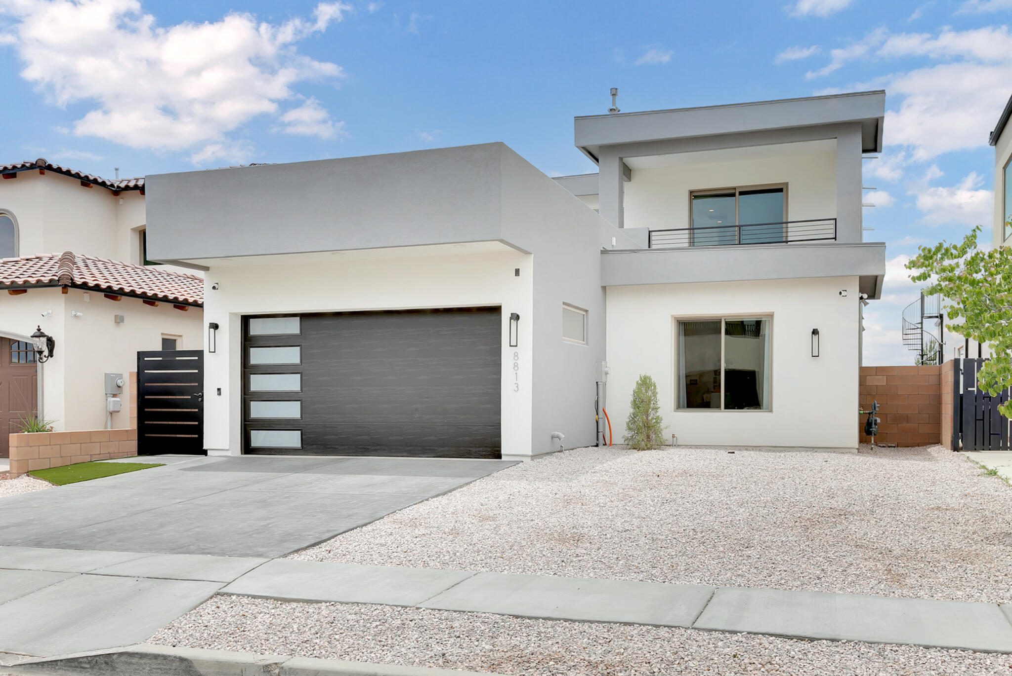 87113 Real Estate Listings Main Image