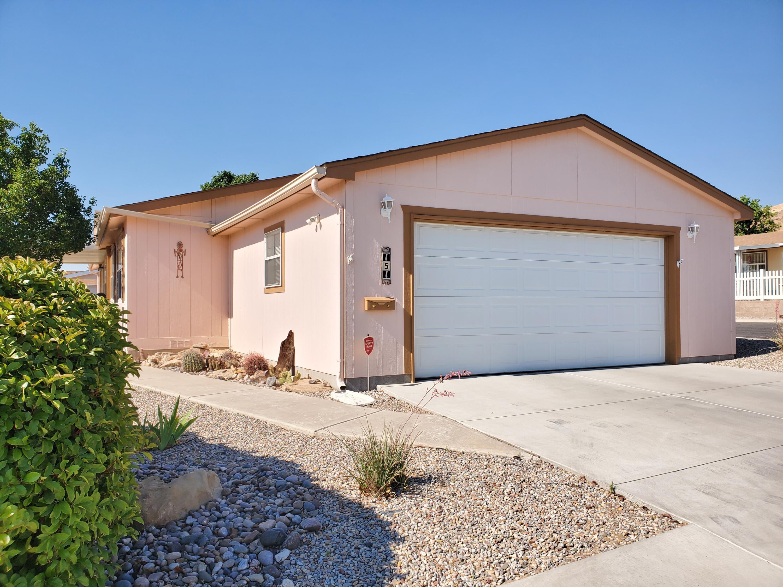 151 Sunrise Bluffs Drive Property Photo