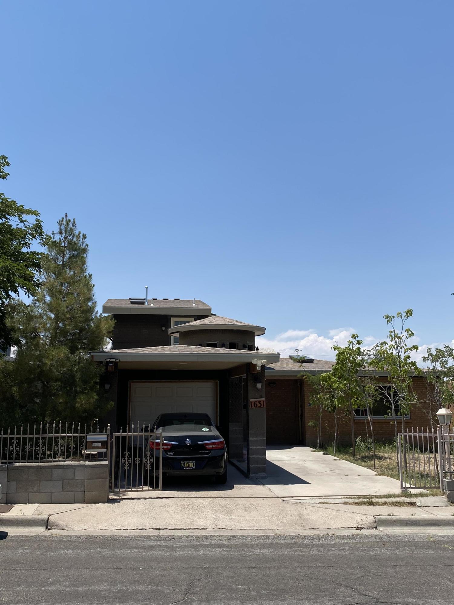 1631 Princeton Drive Se Property Photo