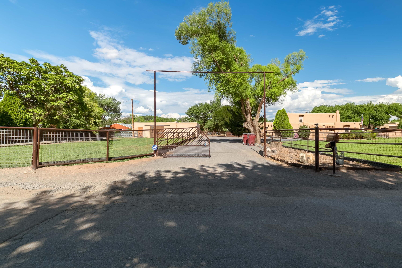 460 Country Lane Property Photo 1