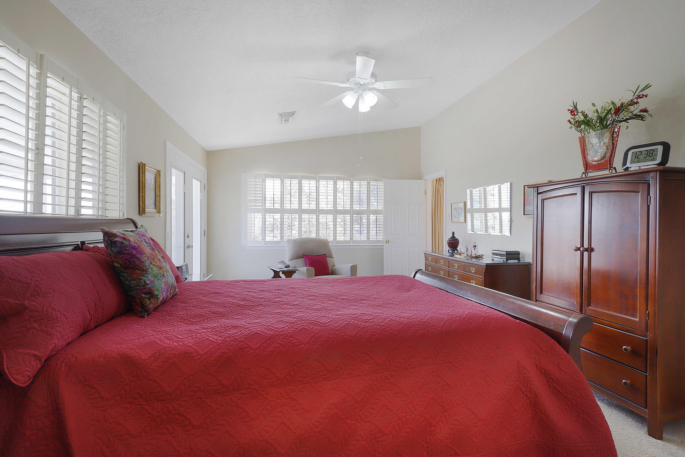 907 Poco Cerro Court Se Property Photo 19
