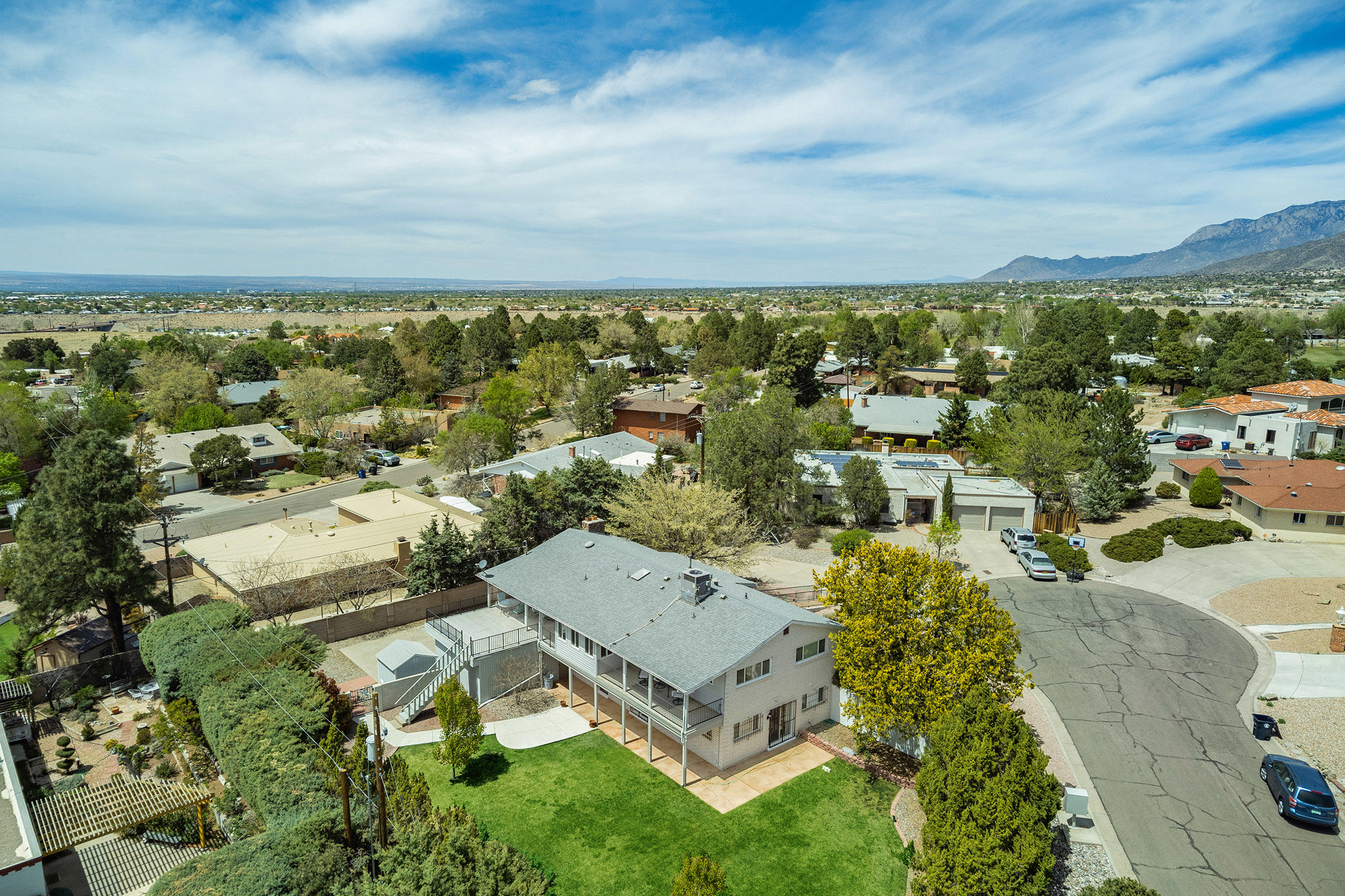 907 Poco Cerro Court Se Property Photo 43