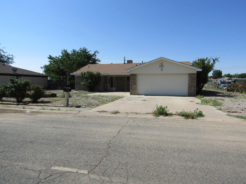 700 Loma Encantada Street Property Photo 1