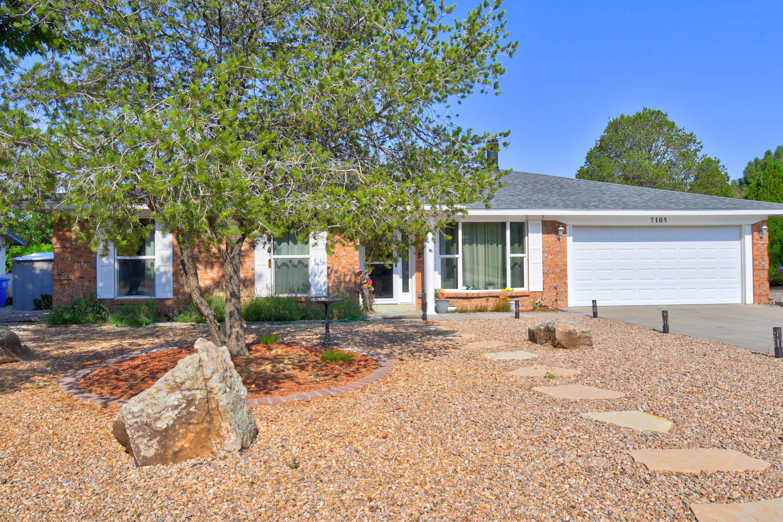 7105 LUELLA ANNE Drive NE Property Photo 1
