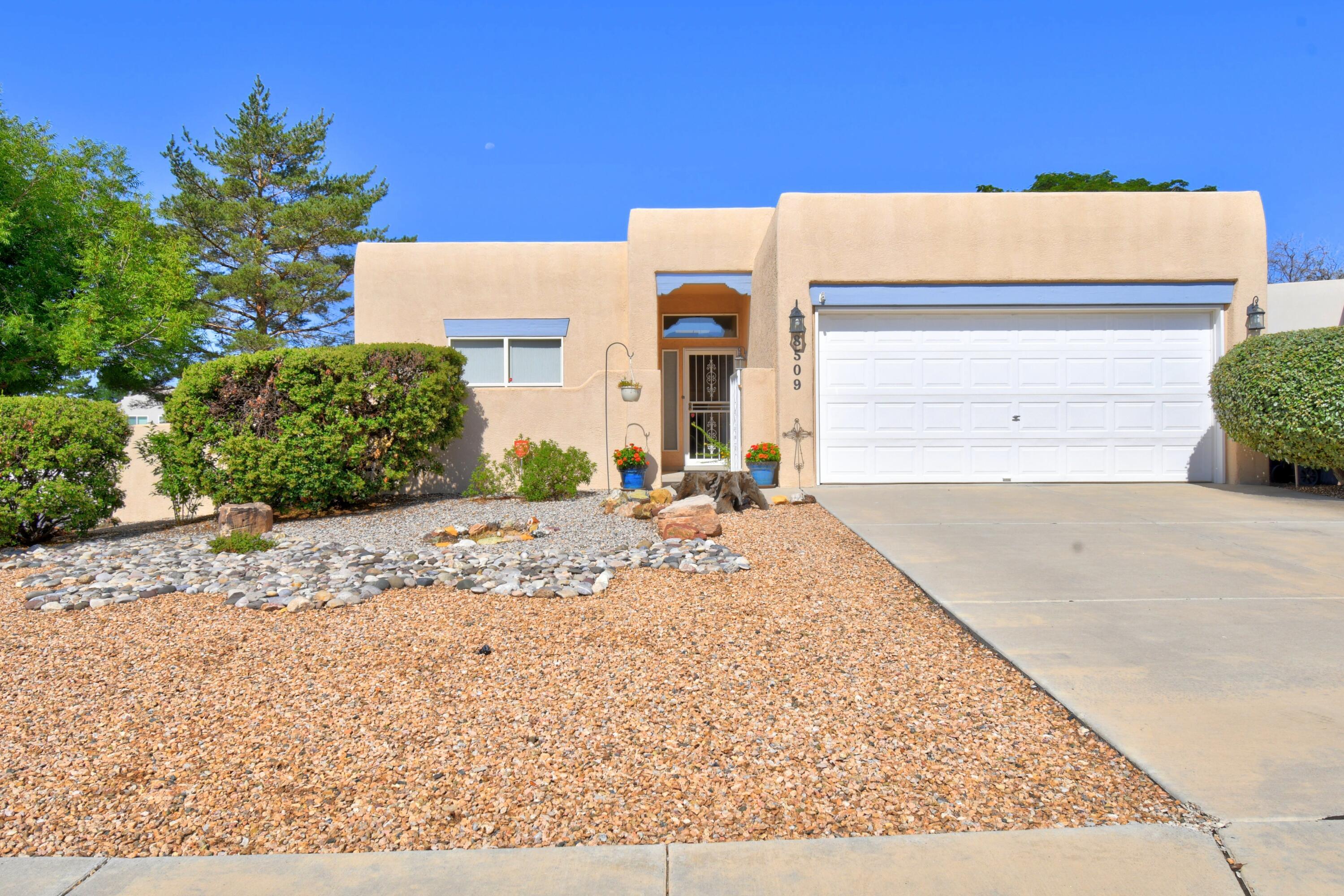 8509 Estates Drive Ne Property Photo 1