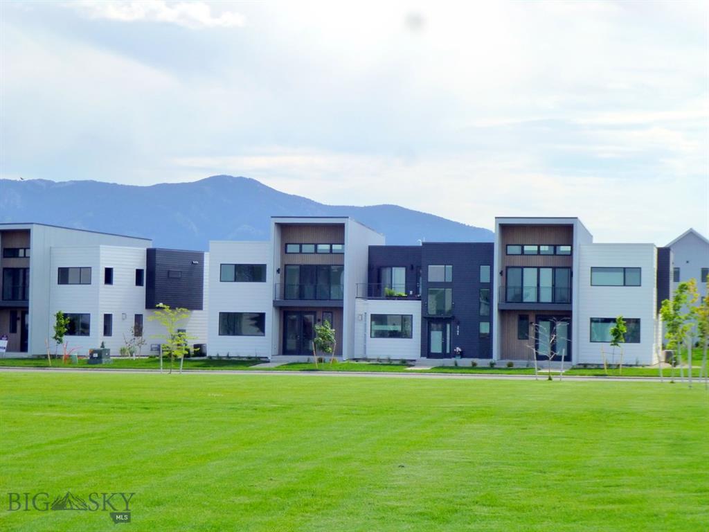 3877 Kimberwicke Street Property Photo - Bozeman, MT real estate listing
