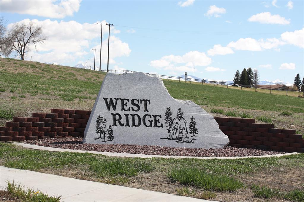 138 Ridge Court Property Photo