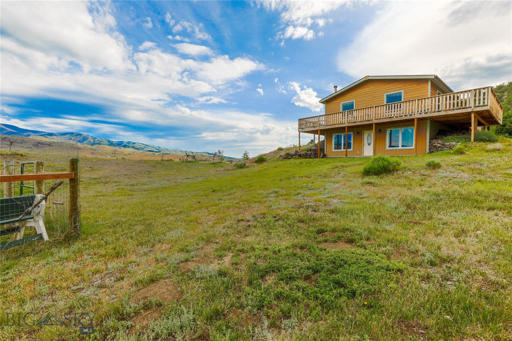 510 E River Road, Emigrant, MT 59027 - Emigrant, MT real estate listing