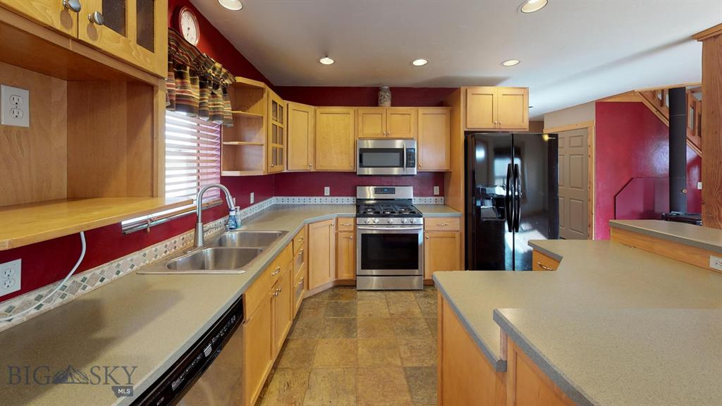 107 N Hill Street N, Wilsall, MT 59086 - Wilsall, MT real estate listing