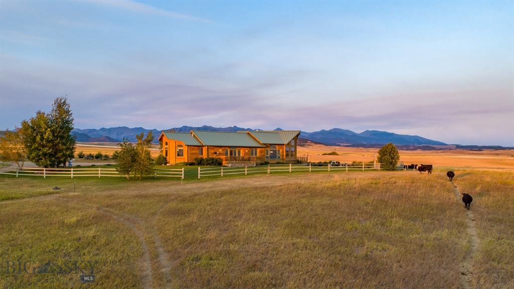 54 Lower Cottonwood Road E, Clyde Park, MT 59018 - Clyde Park, MT real estate listing