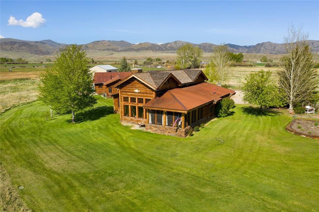 59743 Real Estate Listings Main Image