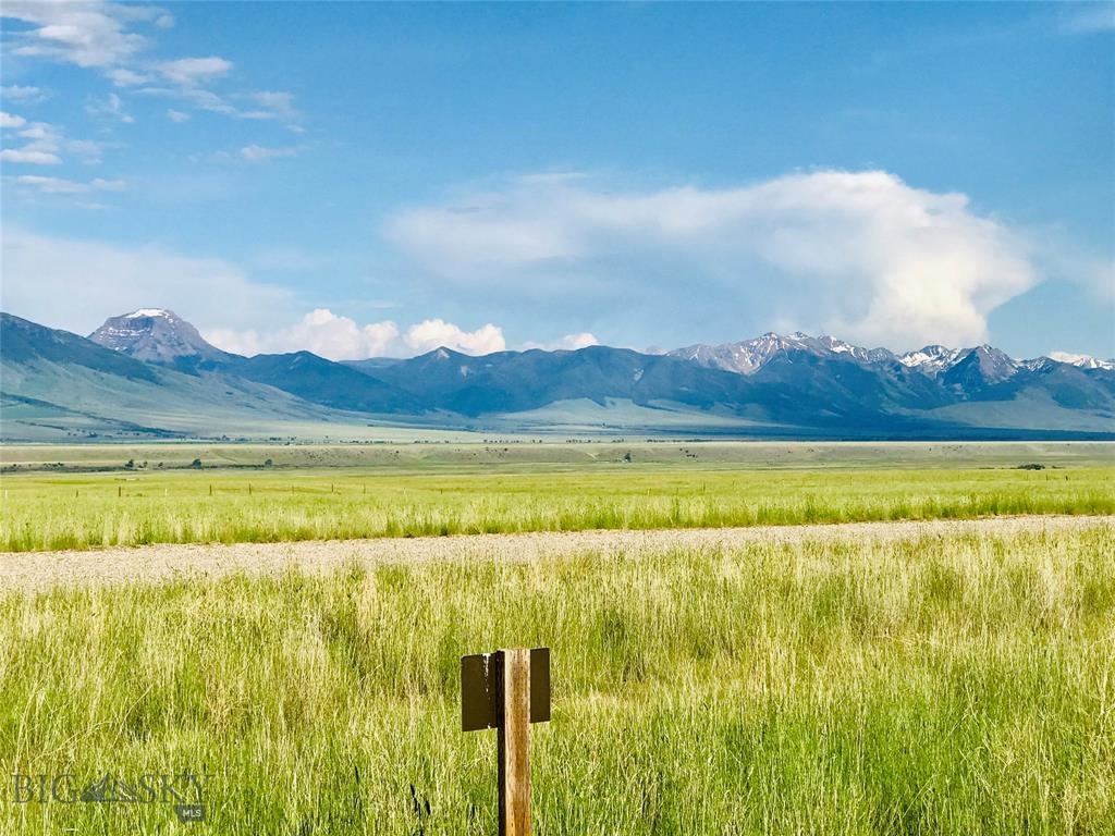 93 Montana Way Property Photo - Ennis, MT real estate listing