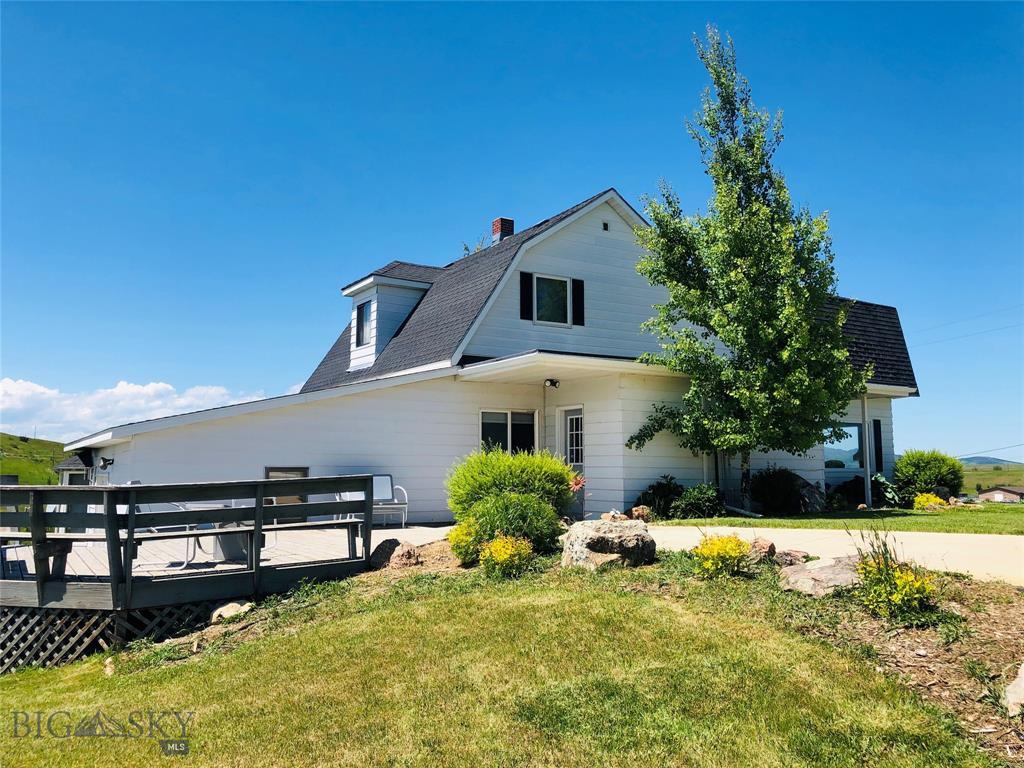 586 Meadowlark Lane, Lewistown, MT 59457 - Lewistown, MT real estate listing