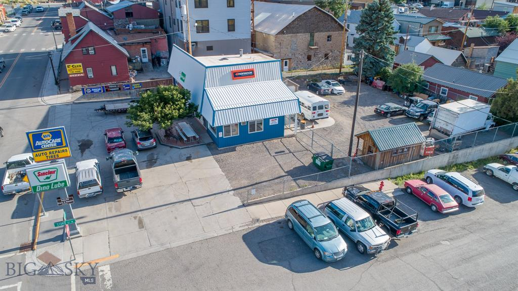 207 S 2nd, Gardiner, MT 59030 - Gardiner, MT real estate listing