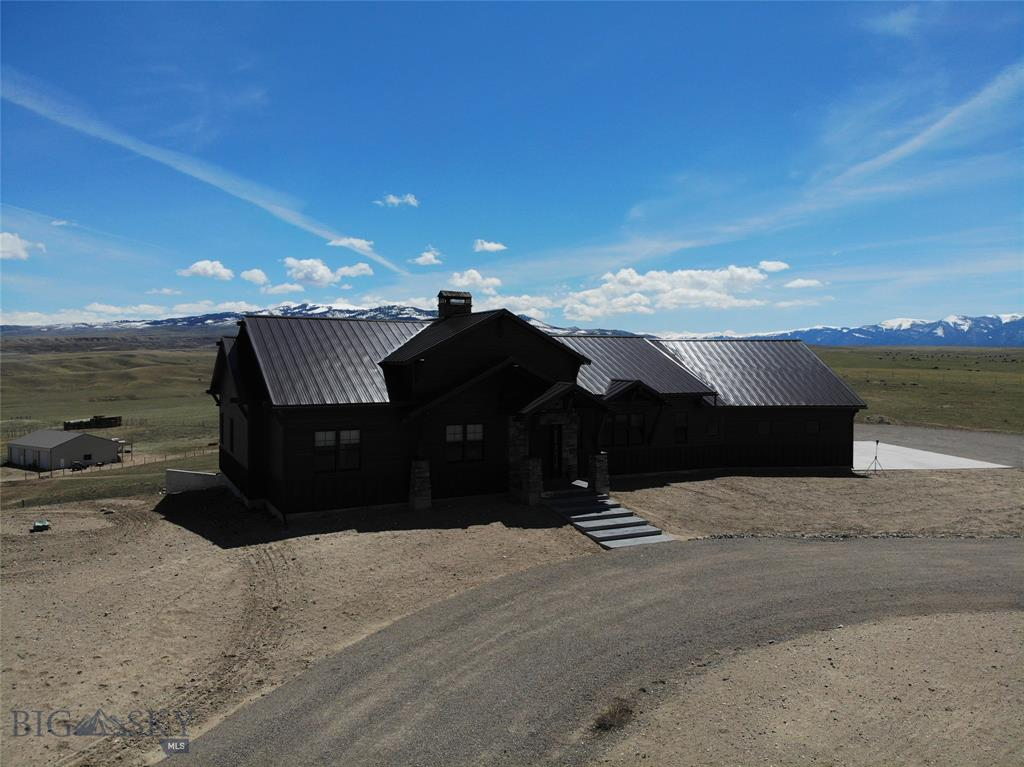 851 SWE Drive, Dillon, MT 59725 - Dillon, MT real estate listing