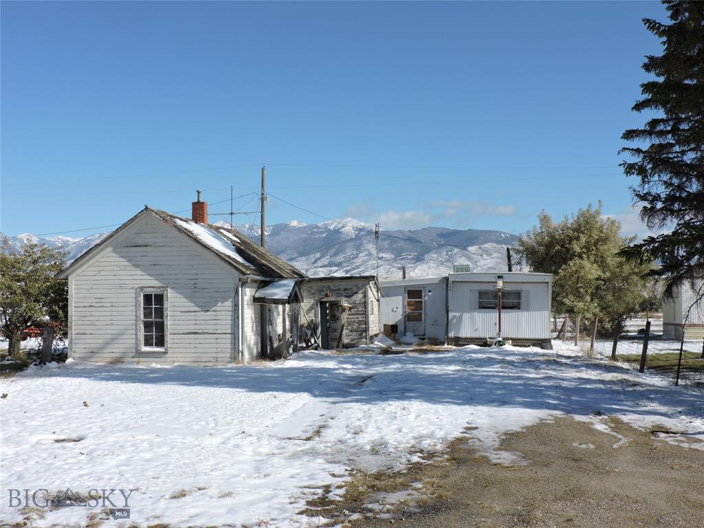 206 N N Madison St Property Photo - Twin Bridges, MT real estate listing