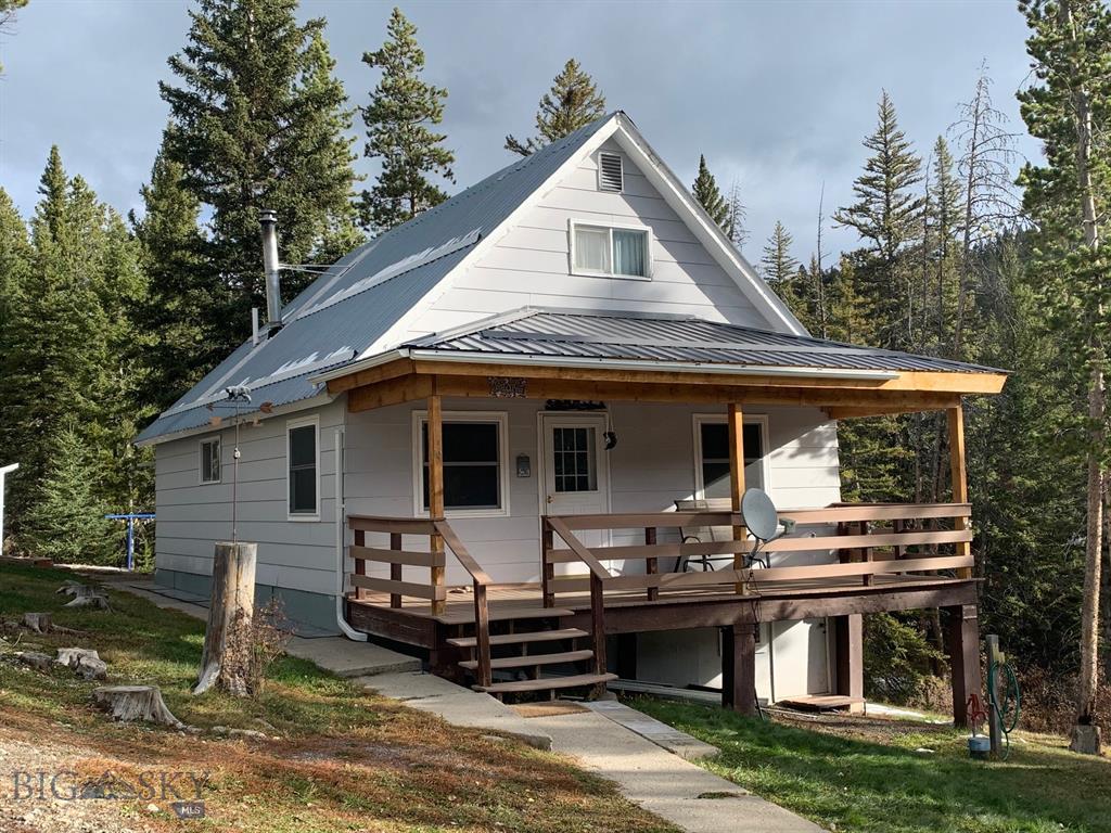 10 Center Roadway, White Sulphur Springs, MT 59645 - White Sulphur Springs, MT real estate listing