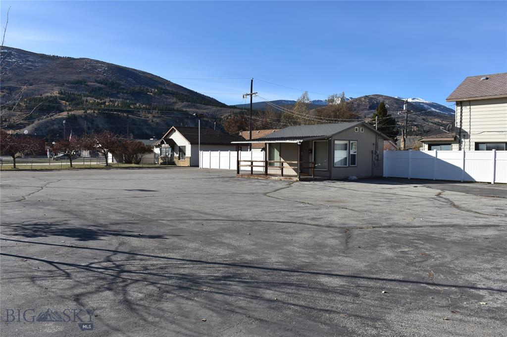106 Madison Street Property Photo - Anaconda, MT real estate listing